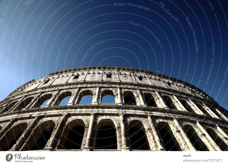Vacation & Travel City Old Blue Playing Tourism Places Italy Beautiful weather Historic Landmark Cloudless sky Capital city Downtown Tourist Attraction Old town