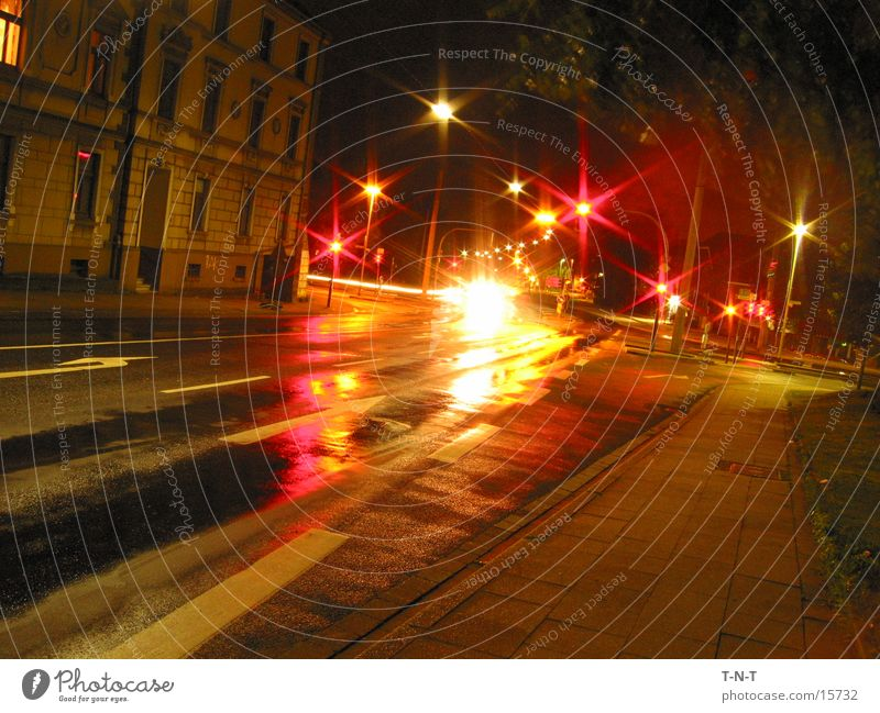 Crossing #3 Night Long exposure Traffic light Speed Street Mixture