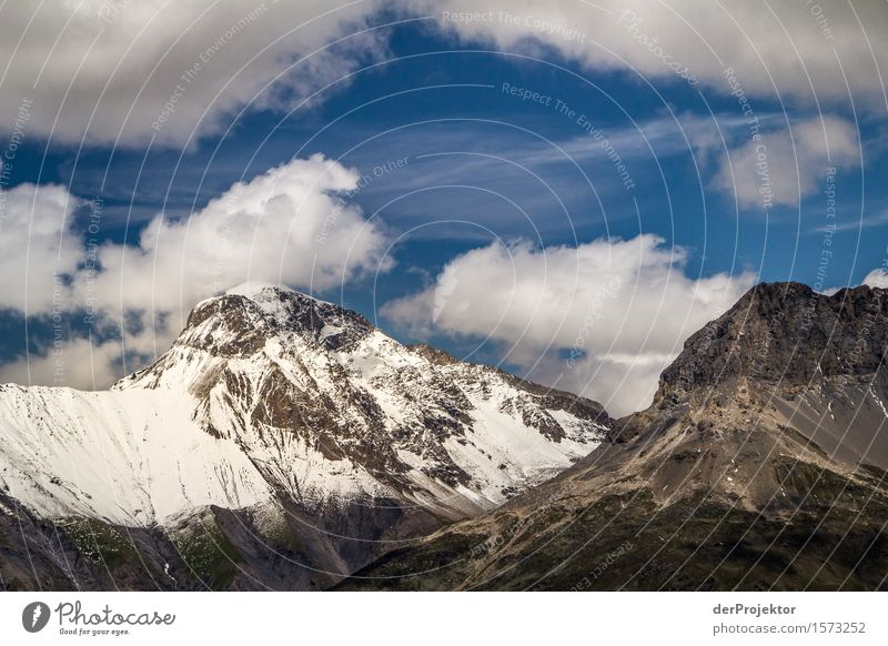 Snow-covered mountain in Savoy Central perspective Deep depth of field Sunbeam Sunlight Light (Natural Phenomenon) Silhouette Contrast Shadow Day Copy Space top