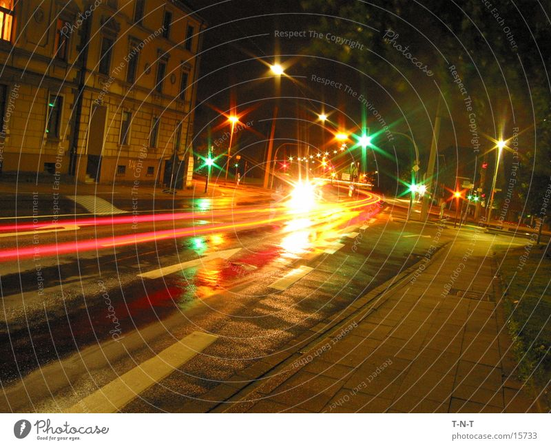 Crossing #2 Night Long exposure Traffic light Speed Street Mixture