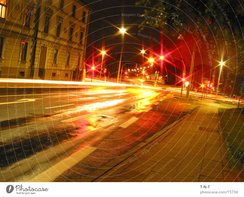 Crossing #1 Night Long exposure Traffic light Speed Street Mixture