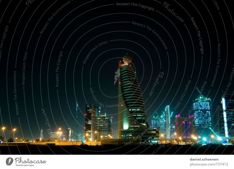 Metropolis 6 Dubai High-rise Tourism Night Light Electricity Energy Travel photography Vacation & Travel Architecture Building Construction site Skyline Modern