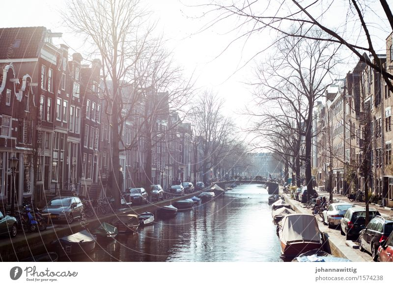 in the right place at the right time. Vacation & Travel Tourism Trip Sightseeing City trip Summer Living or residing Uniqueness Elegant Amsterdam Gracht