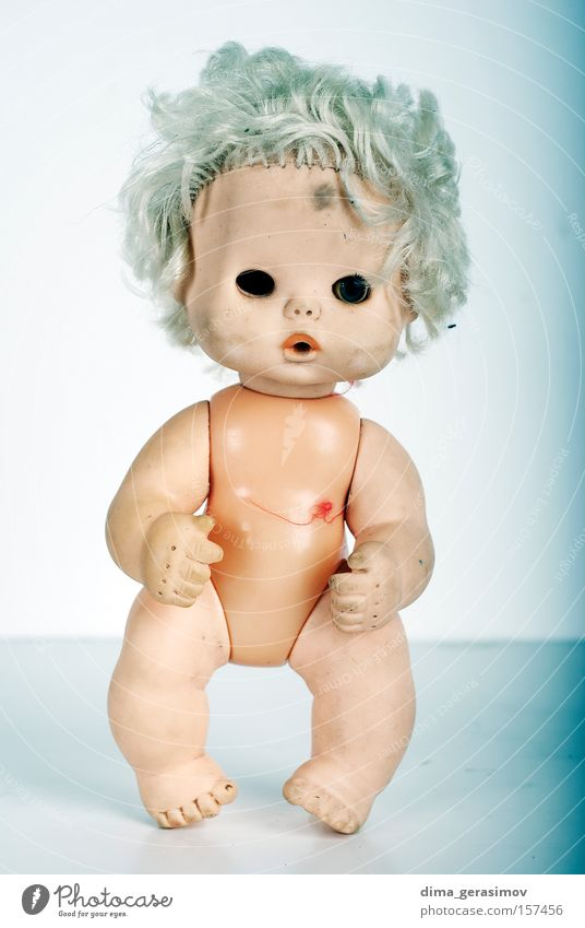 Doll 6 Move (board game) Fear Horror Night Nightmare Blue Legs Eyes Hair Body Panic Colour plaything arms Lips Interior shot