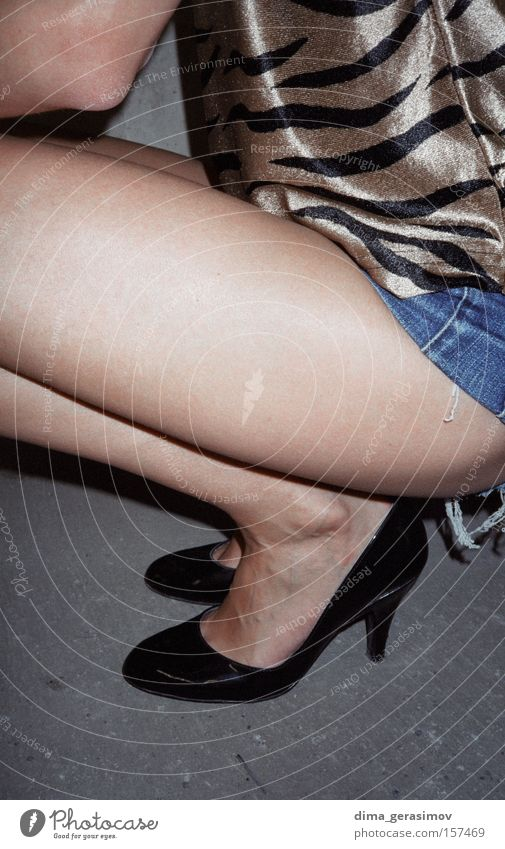 Legs 3 Woman Beautiful Legs Clothing Individual Section of image Partially visible Crouch Attractive Thigh Woman's leg Crouching Naked flesh Lady's slipper Only one woman 1 Person