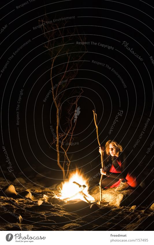 neanderthal 2.0 beta Beach Fire Fireplace Woman Tree Night Dark Baltic Sea Camping Romance Cozy Warmth Stone Crouch Long exposure Blaze