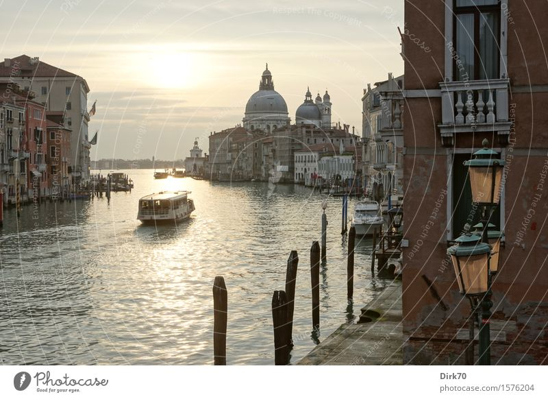 Vacation & Travel Water Architecture Spring Tourism Transport Church Italy Beautiful weather Romance Street lighting Kitsch Lantern Landmark Tourist Attraction