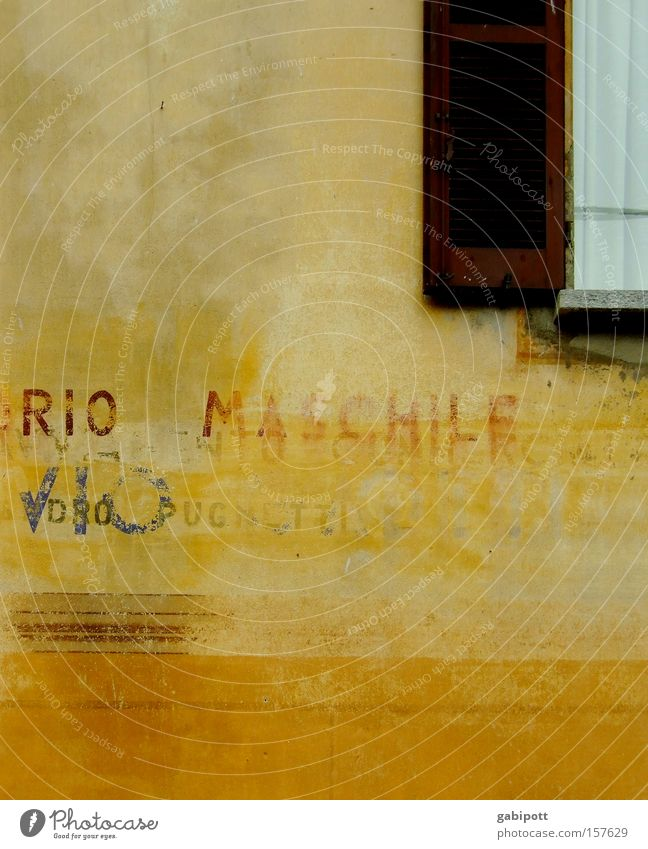 Rio Maschile Colour photo Subdued colour Exterior shot Detail Deserted Copy Space bottom House (Residential Structure) Summer Village Building Wall (barrier)