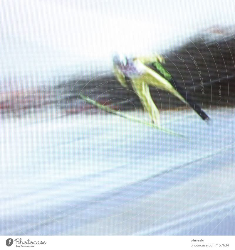 Ziiiiiehhh! Skis Snow Winter Winter sports Ski jump Speed Far-off places Television TV set Impaired consciousness Dynamics Power Sporting event Competition