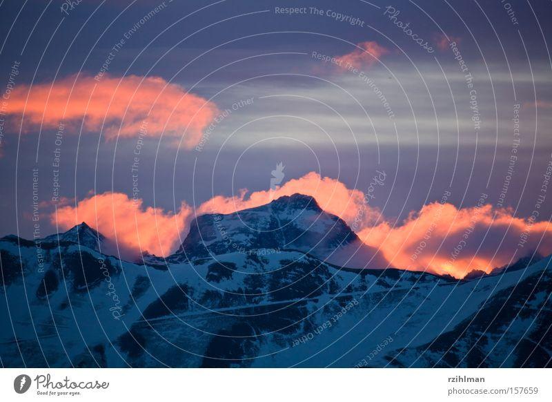 Winter Cold Snow Mountain Blaze Fire Alps Peak Phenomenon Mountain range Mountain ridge Disaster