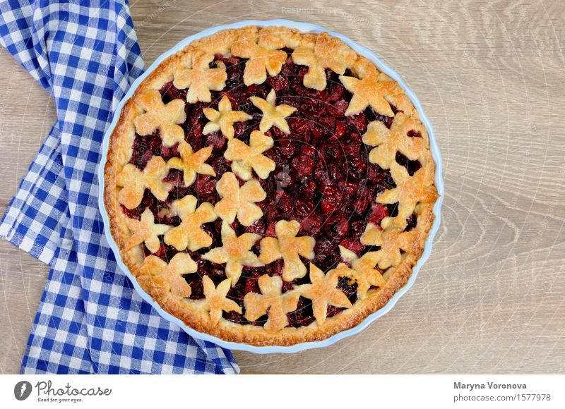 pie with cherry filling Fruit Dough Baked goods Dessert Eating Lunch Dinner food Cherry Pie Berries stuffing cake pastries shortbread dough nosh Tasty Dainty