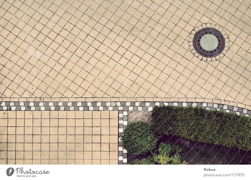 not so exciting Street Courtyard Pattern Cobblestones Paving stone Frame Structures and shapes Bird's-eye view Gully Highway ramp (entrance) Clean Arrangement