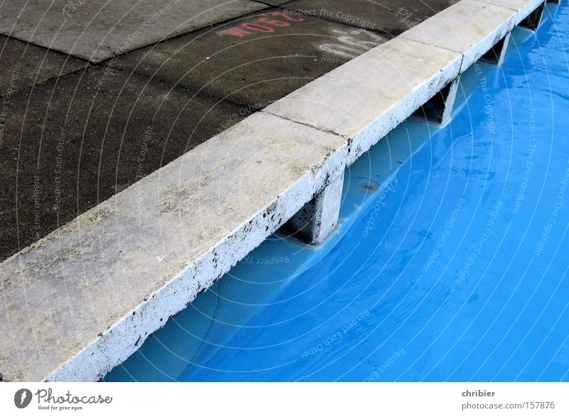 water edge Swimming pool Open-air swimming pool Water Jump Inject Joy Concrete Border Corner Wet Playing Summer chribier