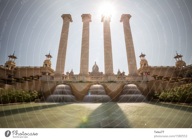 Vacation & Travel City Adventure Spain Castle Capital city Museum Dome Barcelona Palace