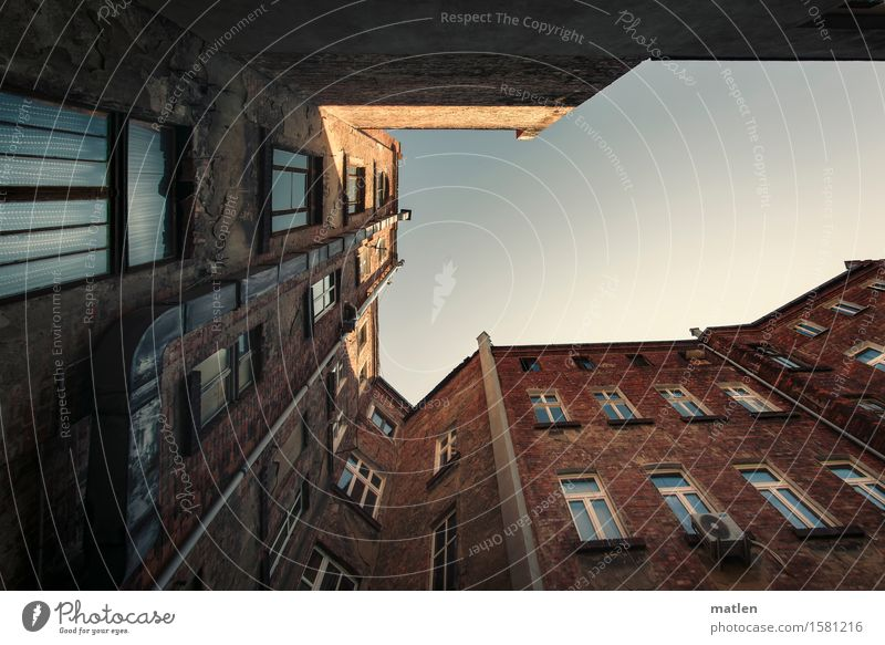 Sky City Old Blue White House (Residential Structure) Dark Window Wall (building) Building Wall (barrier) Brown Facade Door Beautiful weather Cloudless sky