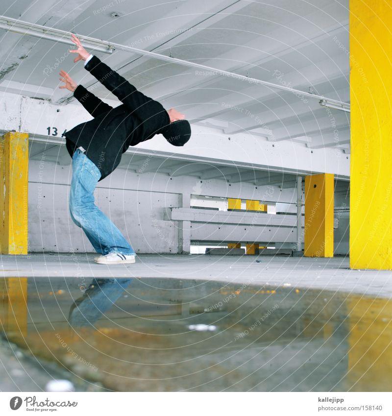 Human being Man Architecture Movement Political movements Gymnastics Practice Parking garage Rotation Workshop Bend Sports equipment Vertigo Lathe operator