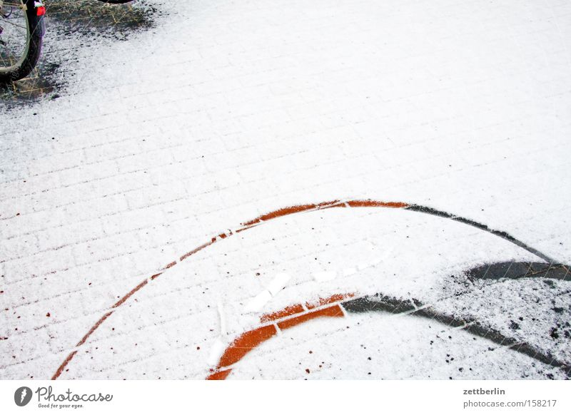 tropic Snow Snow layer Winter Ice Tracks Circle Janitor Bicycle Courtyard Backyard Playing Transport snowplow facility management