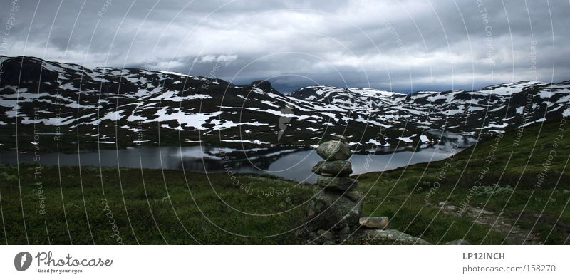 Nature Vacation & Travel Loneliness Snow Mountain Hiking Vantage point Norway Mountaineering Scandinavia Impressive Pyramid High plain Hardangervidda