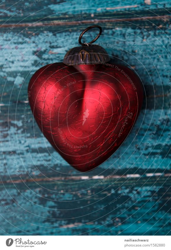 red heart Valentine's Day Wood Glass Rust Heart Love Glittering Retro Beautiful Blue Red Sympathy Romance Eroticism Purity Lovesickness Relationship Happy Idyll