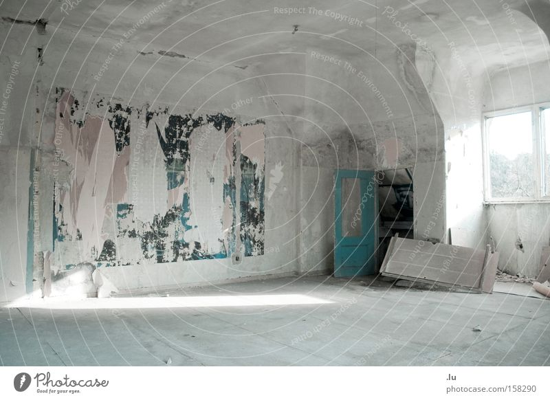 The painting Architecture Unfinished building Scrap Work of art Painting and drawing (object) Living room Vacancy Loneliness Spill Derelict abandoned villa