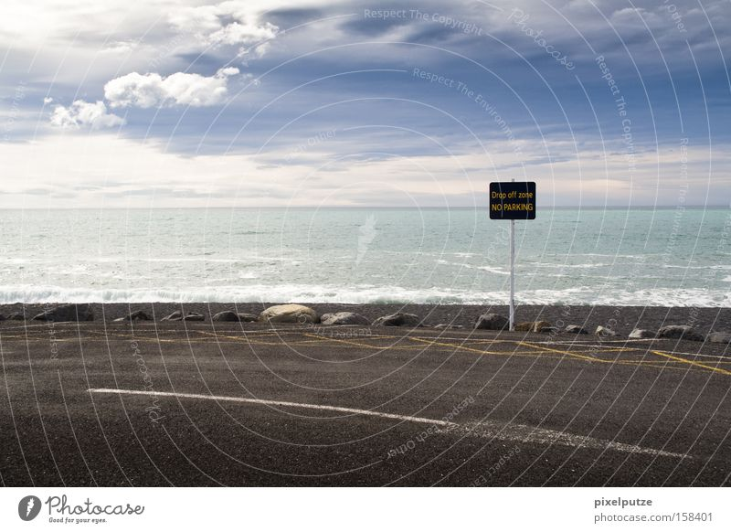 Ocean Clouds Street Lanes & trails Signs and labeling Large Target Arrow Direction Signage Parking Australia Clouds in the sky