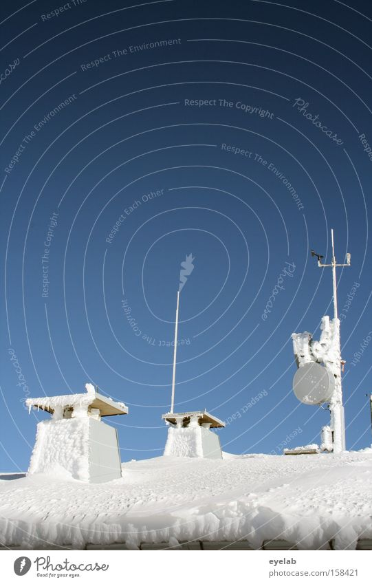 Sky White Blue Winter Cold Snow Building Ice Wind Speed Frost Technology Roof Beautiful weather Chimney Bowl