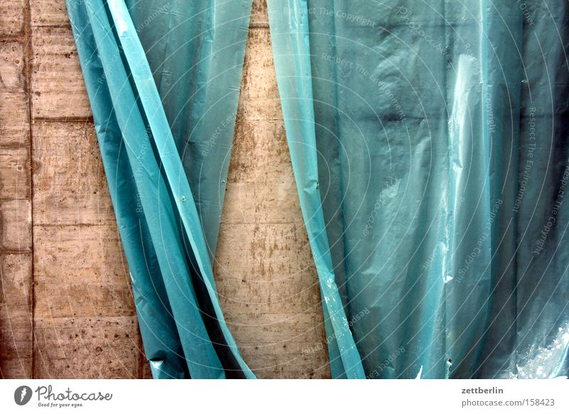 theatres Construction site Covers (Construction) Tarp Packing film Hiding place Convertible roof Protection Wind Blow Movement Political movements Hang Drape