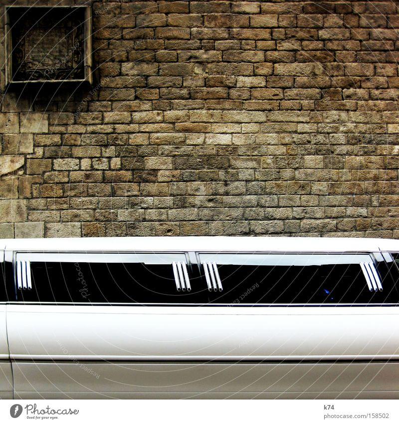 Old Car Glittering Transport Motor vehicle New Luxury Noble Chic Lemonade House of worship Decadence Marriage proposal Limousine Millionaire
