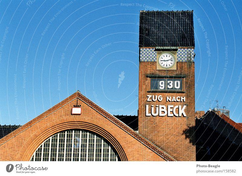 Vacation & Travel Clock Transport Railroad Tower Train station Schleswig-Holstein Lübeck Rail transport Clock tower TRavemünde Church clock Ski-run