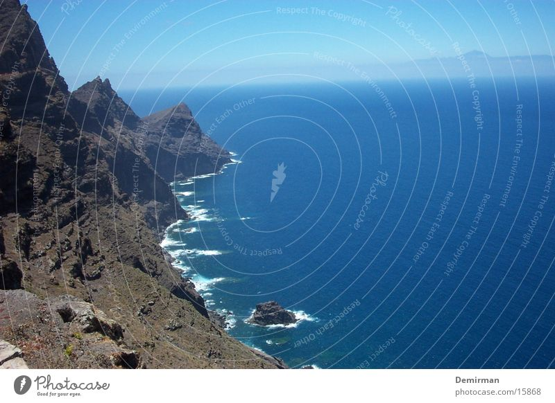 wonderful:2 Beautiful Vacation & Travel Spain Gran Canaria Water Blue Sky Stone Rock