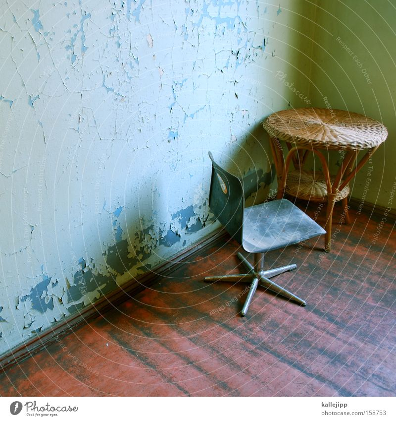 Wall (building) Design Table Stairs Chair Trash Interior design Furniture Hallway Staircase (Hallway) Old building Floorboards High chair