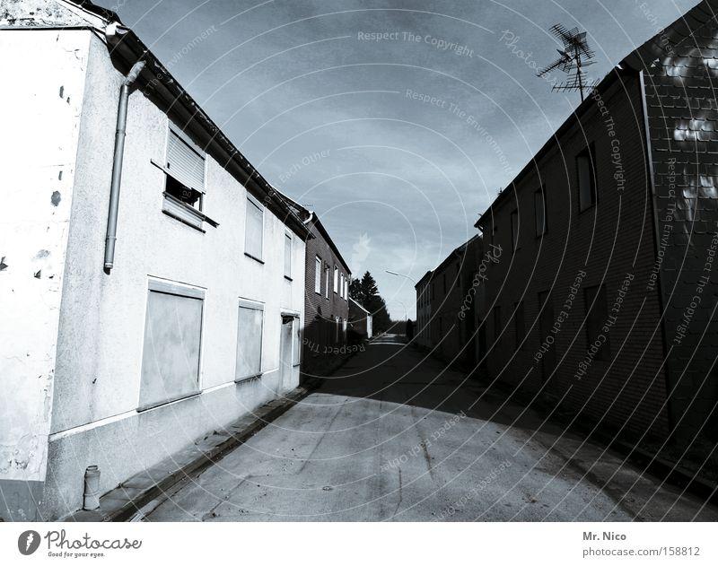 Loneliness Street Gloomy Derelict Village Traffic infrastructure Tilt Escape Uninhabited Homeless Sidestreet Main street Ghost town