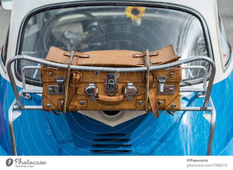 Car carrier Design Vacation & Travel Tourism Trip Summer vacation Advertising Industry Beautiful weather Passenger traffic Motoring BMW Isetta Leather Suitcase