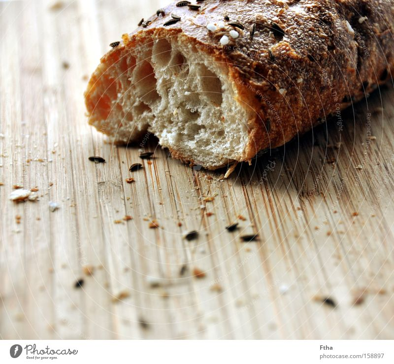 Nutrition Meal Breakfast Herbs and spices Bread Wooden board Chopping board Baked goods Roll Soul Cooking salt Baguette Salt stick Cumin White bread