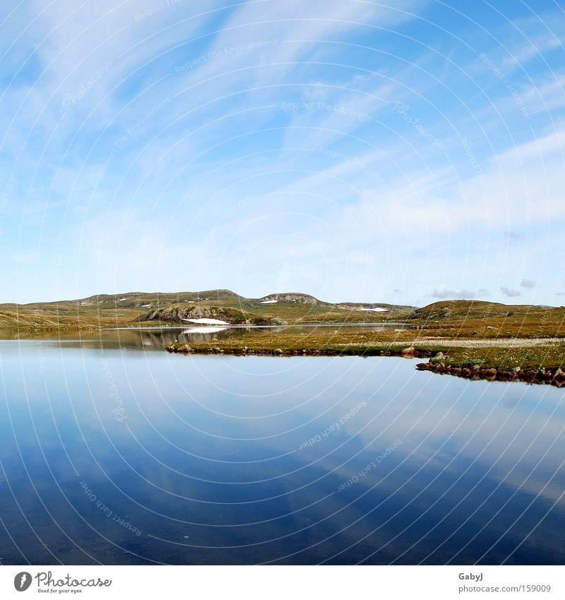 The silent infinity... Hardangervidda Norway High plain Peace Water reflection Stationary Scandinavia Loneliness Deserted Lake Sparse Tundra Freedom Horizon