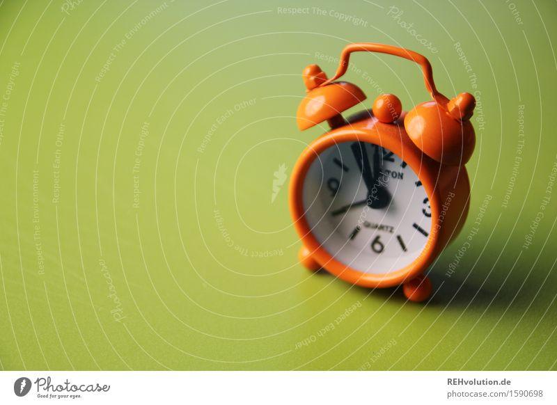 Green Time Orange Clock Wait Fear of the future Long Bell 12 Apocalyptic sentiment Short Wake up Alarm clock Oversleep
