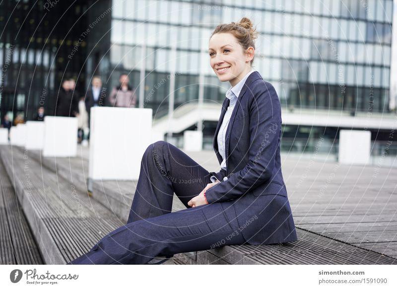 job Lifestyle Luxury Elegant Style Professional training Apprentice Internship Academic studies Work and employment Office Business SME Company Career Success