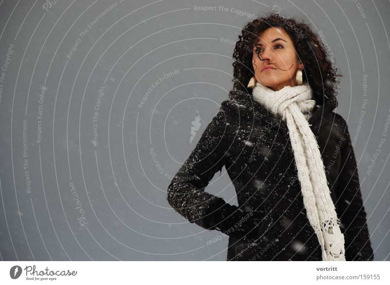 100 Jubilee Woman Human being Winter Snow Flake Posture Dark Snowstorm Earring Wind Model