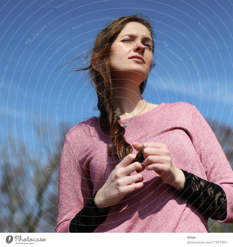 . Feminine 1 Human being Sky Beautiful weather Forest Sweater Brunette Long-haired Observe Think Looking Wait Curiosity Cool (slang) Safety Watchfulness Serene