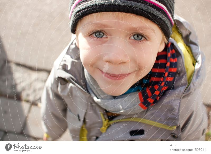 Human being Child Joy Face Eyes Life Emotions Boy (child) Family & Relations Happy Head Moody Masculine Contentment Leisure and hobbies Blonde