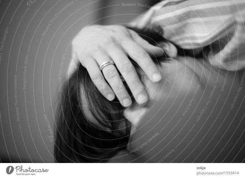 Human being Woman Hand Relaxation Calm Face Adults Life Lie Living or residing Sleep Bed Fatigue Comfortable Indifferent Oversleep