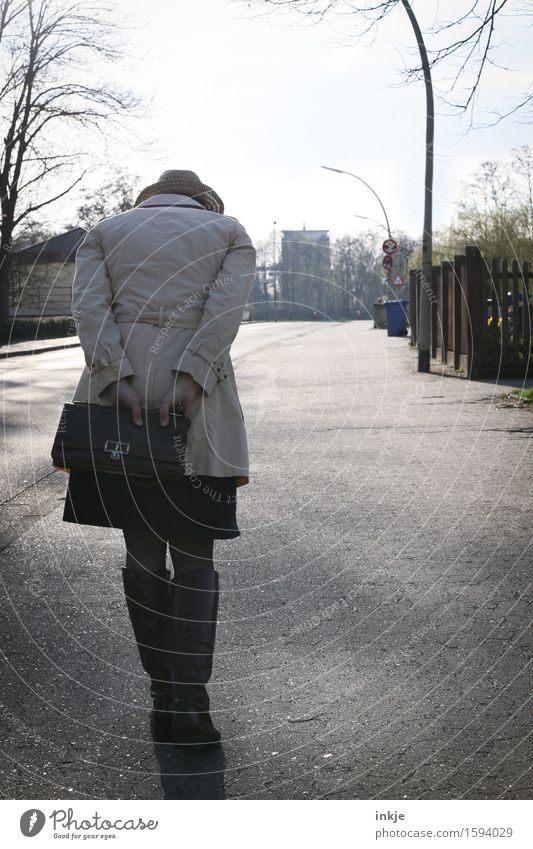 Remix Tracker Lifestyle Woman Adults Body Back 1 Human being Town Outskirts Pedestrian Street Coat Bag Hat Going Emotions Moody Sadness Loneliness Exhaustion