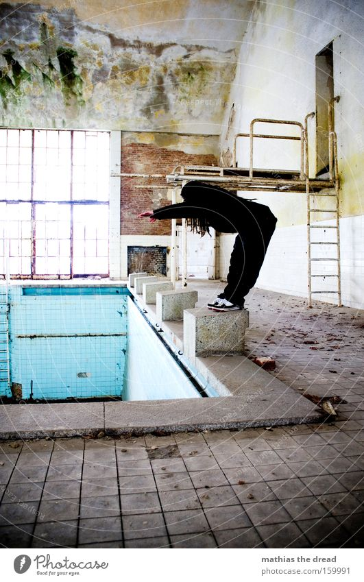 Human being Man Water Old Masculine Empty Gloomy Bathroom Swimming pool Posture Derelict Athletic Sports Sportsperson Dreadlocks