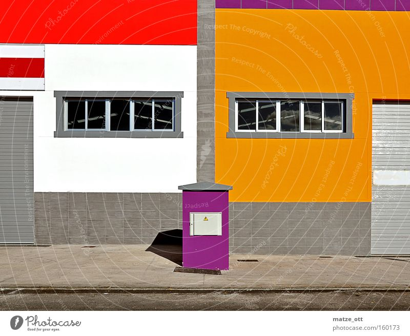 now wird´s colorful Multicoloured Colour Dye Industrial Photography Industry Architecture Manmade structures Wall (barrier) Window Red Orange Violet