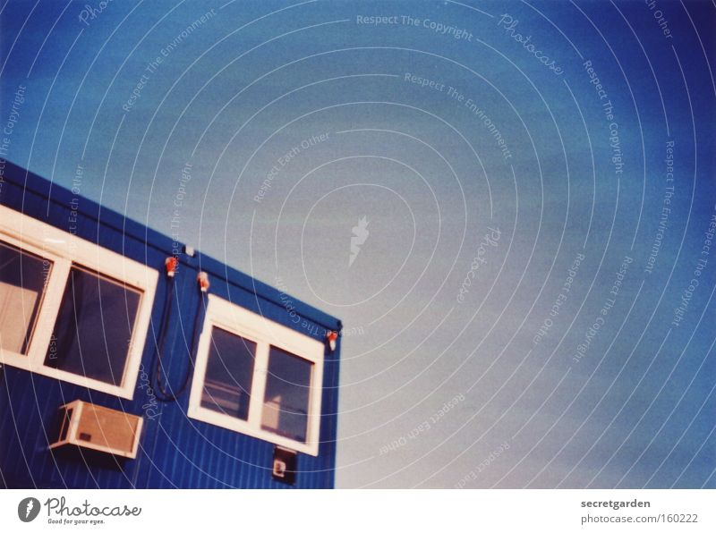 Sky Blue House (Residential Structure) Work and employment Office Window Vantage point Construction site Build Container Bremen Aura Police state