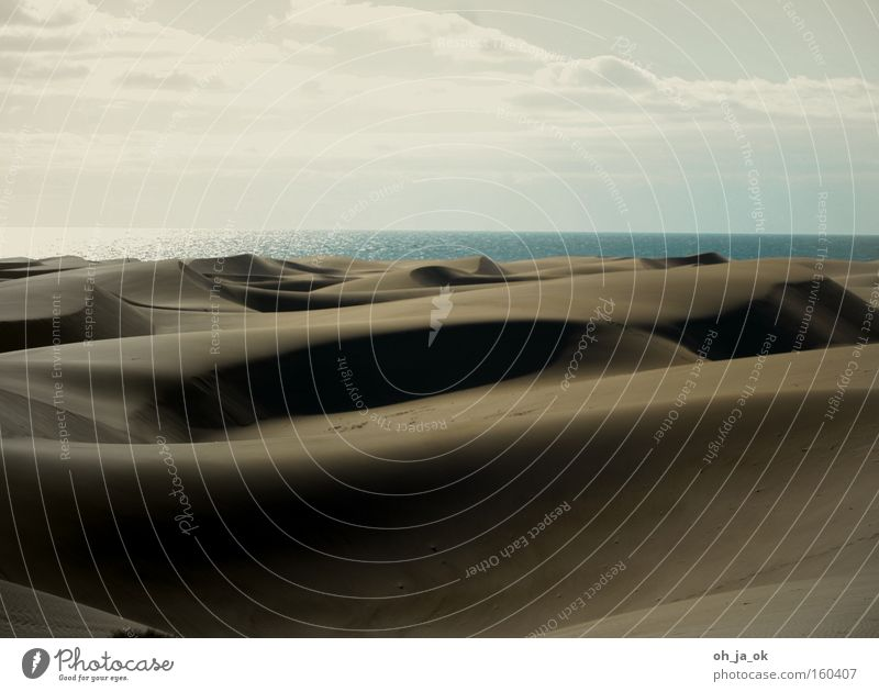 Ocean Beach Vacation & Travel Loneliness Sand Coast Desert Dune Gran Canaria