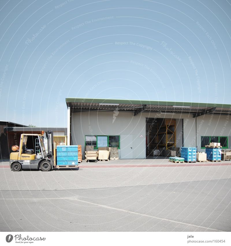 warehouse Building Wholesale trade Warehouse Hall Workshop Economy Industrial Photography Industry Factory hall Storage Logistics Sky Gate Forklift truck Goods