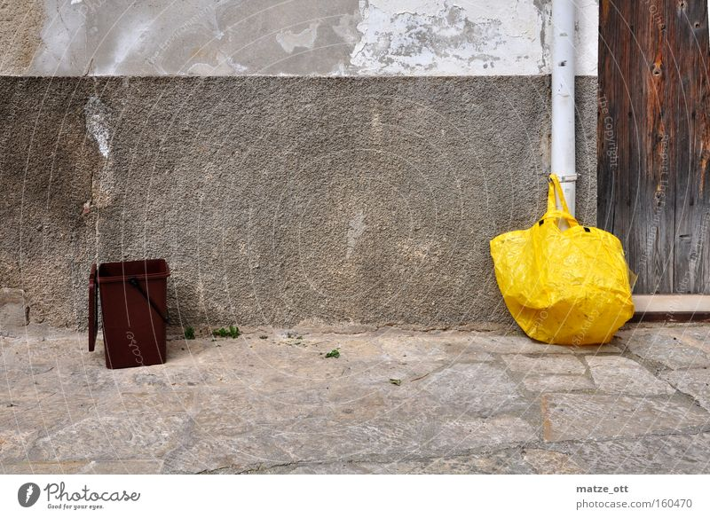 Yellow Trash Transience Derelict Obscure Trashy Paper bag Trash container Biogradable waste
