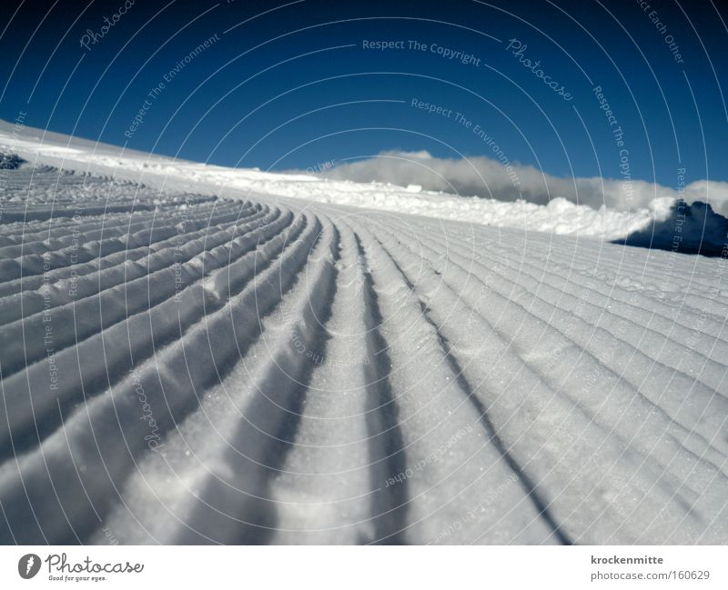 White Winter Cold Snow Glittering Free Tracks Beautiful weather Vantage point Furrow Mountain Winter sports Winter vacation Ski resort Mountain range Ski run