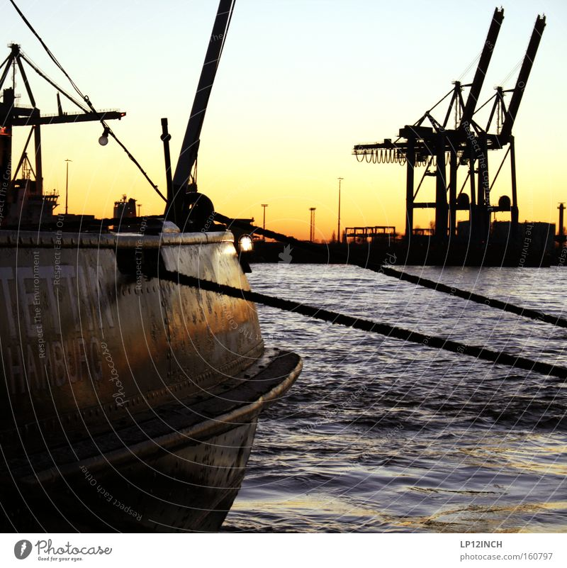 Water Watercraft Wait Rope Hamburg Raw materials and fuels Vantage point Harbour To hold on Strong Steel Rust City Navigation Crane